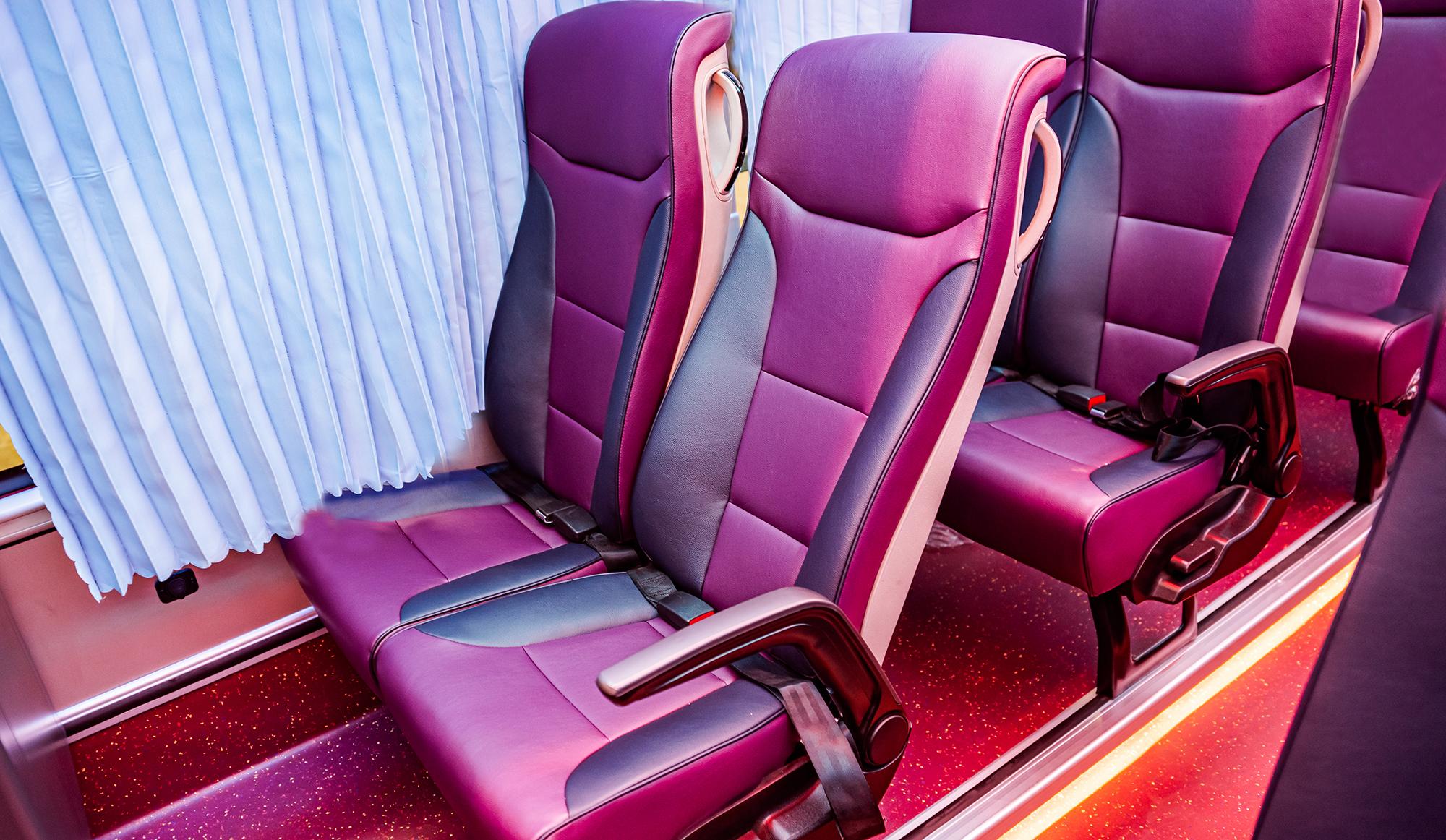 Ghế hành khách cao cấp - trang bị seatbelt